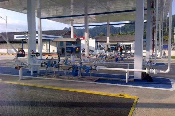 Fuel loading metering skid