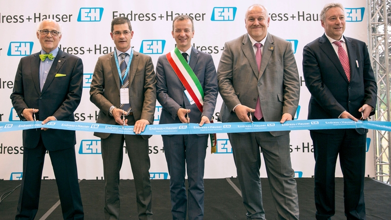 Inauguration of the new facilities of Endress+Hauser Italy.