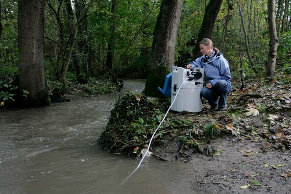 River monitoring with water sampler